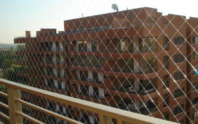 Cae desde el balcón niño de 9 años en Santiago